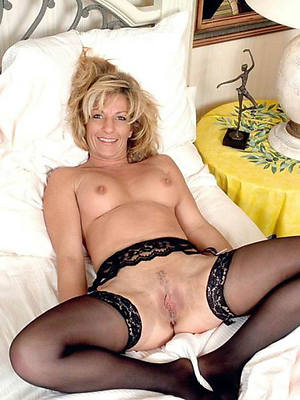 mature in stockings good hd porn pictures