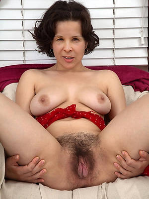 unshaved of age old pussy