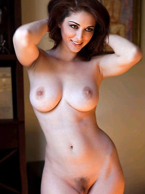 mature models uk old pussy