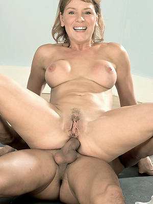mature mom anal amature lovemaking