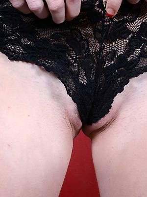 mature cameltoe high def porn