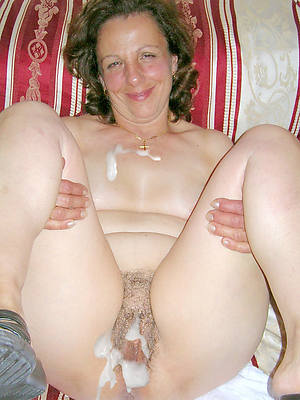 mature women cumshot porn pic download