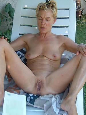 sweet nude superannuated mature women