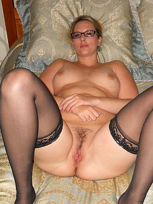 sexy naked mature glasses porn images