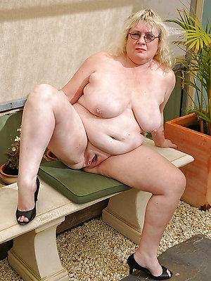curious hot column nude pics