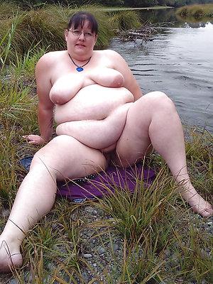 porn pics of mature breast outdoors