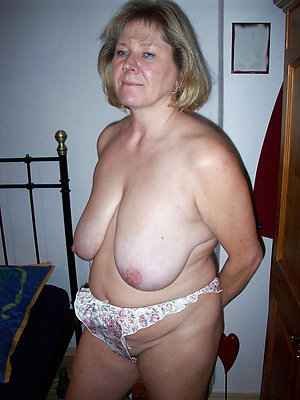 gorgeous mature panties porn pictures