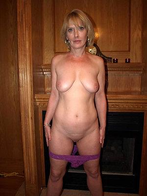 xxx mature body of men in panties pictures