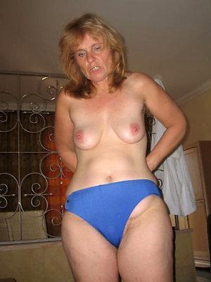 wonderful mature woman in panties