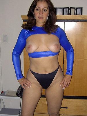 nasty matured woman in panties