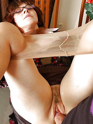 hotties mature pantyhose sex pics
