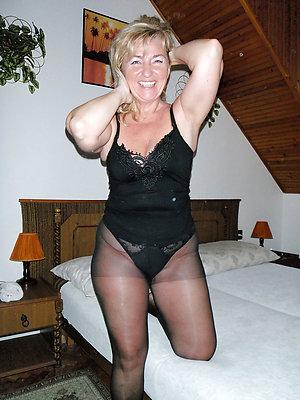 palpitate free mature mediocre pantyhose