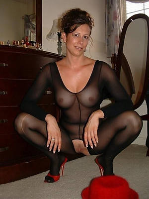 nylon feet mature porn pic download
