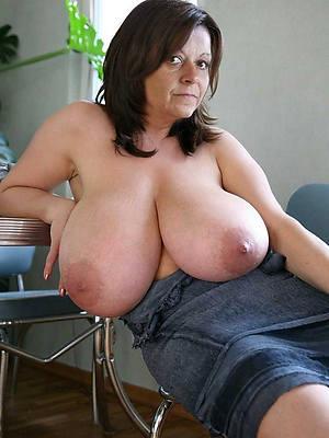 chubby wan mature tits porno pics