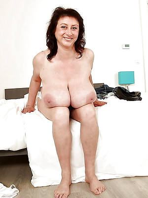 fat natural mature tits hot porn pics