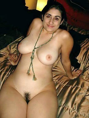 sweet nude mature indian porn pictures