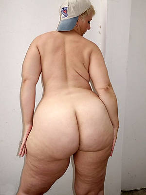 mature big booty ameture porn pic
