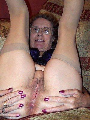 curvy sexy grandma porn pictures