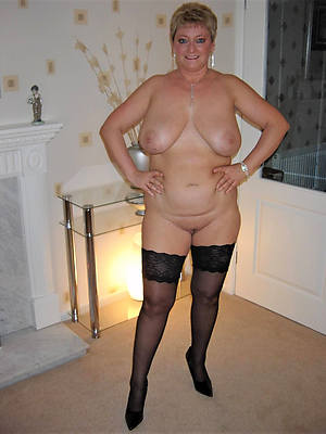 naked of age women solo pics