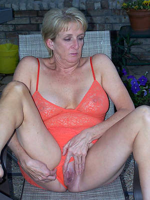 old mature naked women porn pic download