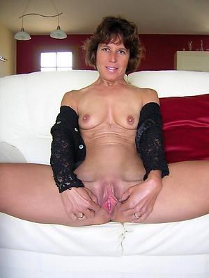 sweet bare mature women vagina pics