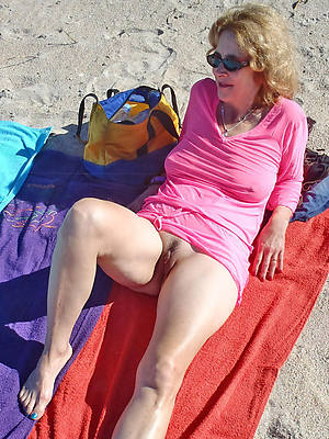 best mature nude beach pictures
