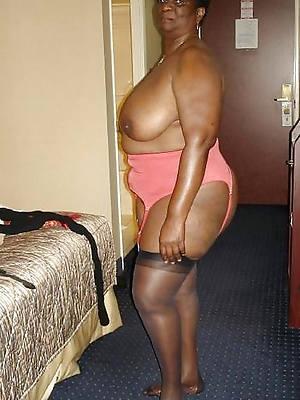 busty ebony mature home pics