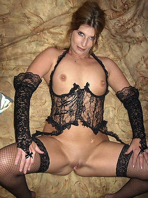 sexy matures in lingerie images