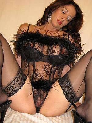 free amature mature lingerie pics