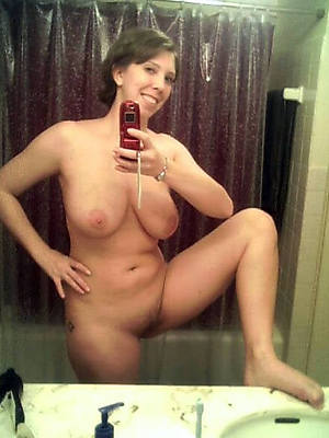 mature hot self nude pics