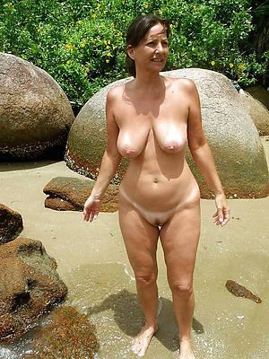 nude mature moms porno pics