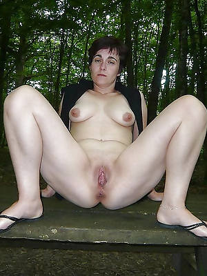 nude mature outdoors shows pussy