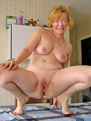 naked mature moms verandah