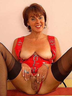 mature pussy xxx porn pics