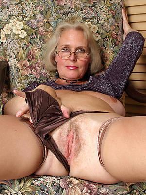 mature ladies over 60 hot pics