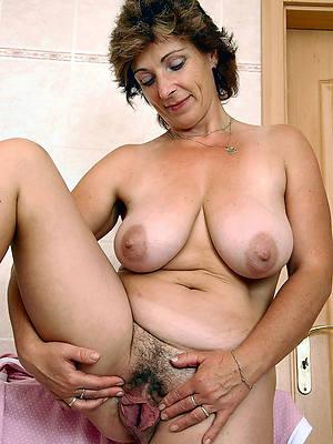 nasty mature vulva porno pictures