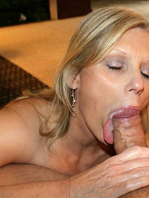 mature sexy blowjob nude pictures