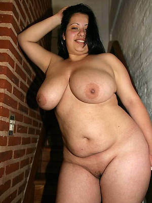 free porn pics of mature broad in the beam babes