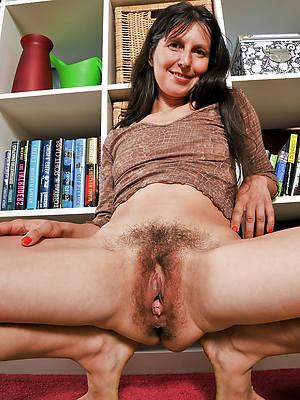 amateur zip up pussy pics