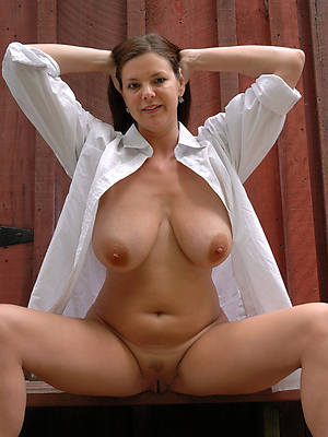 mature bonny naked women