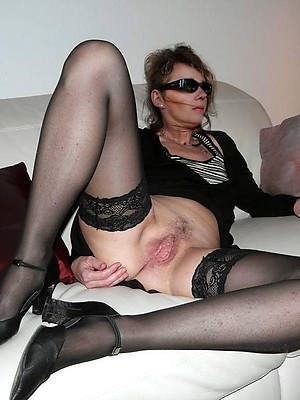 mature in stockings porn pic download