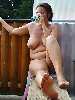 free porn pics of mature pretty feet