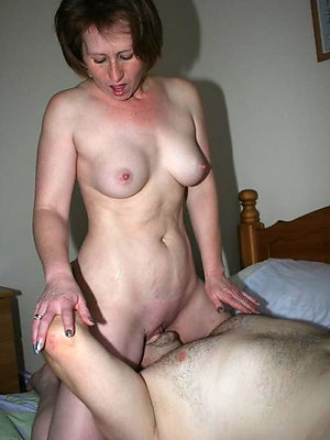 wonderful eating milf pussy