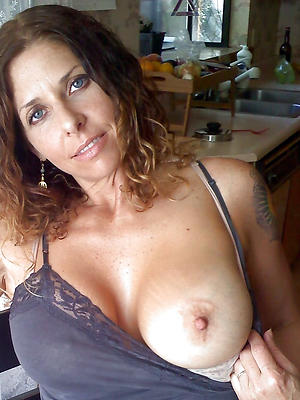 gorgeous mature sexy selfies