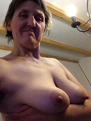 gorgeous mature body of men hot selfies