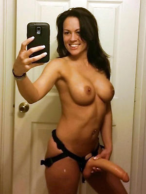 incomparable women selfie sexy