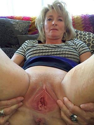 unconforming porn full-grown vagina photos