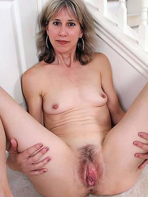 appealing undecorated amateur mature vagina photos