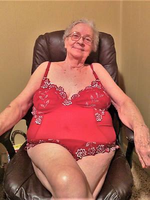 easy mature grandma dirty sex pics