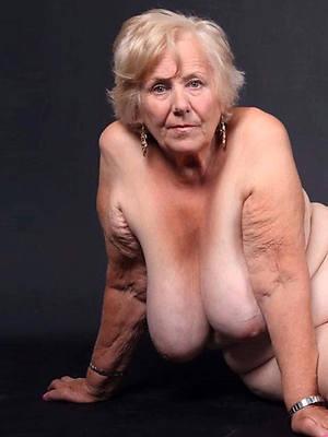 naked beautiful mature grandma pics